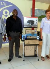 Library receives donation of a full workstation from Xtratight Entertainment